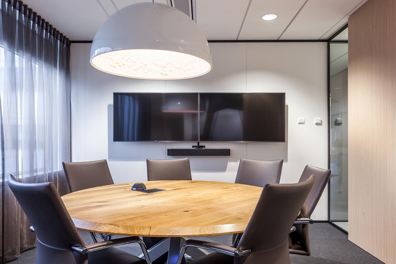 KPMG audiovisueel projectinrichting vergaderruimte